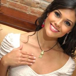 Fabiana Granados a Miss Earth en Filipinas: La tica originaria de la pampa guanacasteca, representó al país en la final realizada en Manila el 24 de noviembre 2012