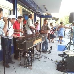 Celebración del Día del Amor y la Amistad en Gollo: La tarde al ritmo de marimba se puso ¡Solo bueno!