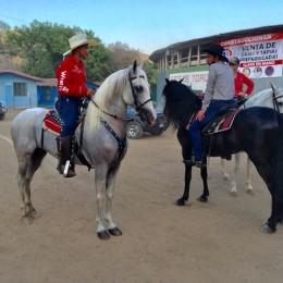 Sábado 02 de febrero: Galería fotográfica y nota de la cabalgata de las Fiestas Vainilla de Paquera 2019