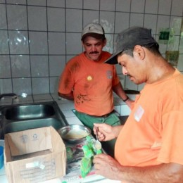 Zoo Ave mantiene en su centro de rescate animal 24 pericos decomisados en varias partes del país: Seis de ellos procedentes de Río Grande de Paquera