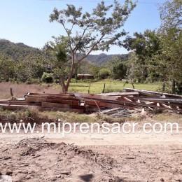 Permanecen en el pueblo: Materiales del viejo puente de San Rafael de Paquera no serán trasladados fuera de la zona