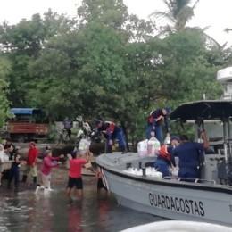 Guardacostas con otras instituciones públicas y organizaciones privadas sigue apoyando a comunidades de las islas del Golfo de Nicoya
