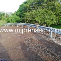 Listas barandas del puente de San Rafael de Paquera: Trabajo realizado por el INDER