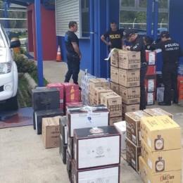 Parrita, Puntarenas: Fuerza Pública decomisa más de mil unidades de licor de contrabando