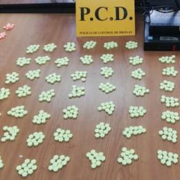 En San José: PCD captura a dos mujeres con más de 6.000 dosis de drogas sintéticas ocultas en paquetería postal procedente de Holanda