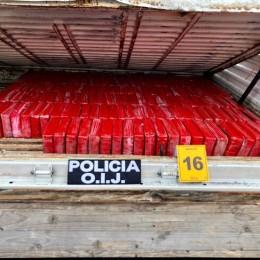 De detuvo un colombiano: Decomisan 300 kilos de droga, 96 millones de colones y 50 mil dólares en efectivo