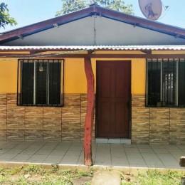 Se alquila casa en Guarial de Paquera