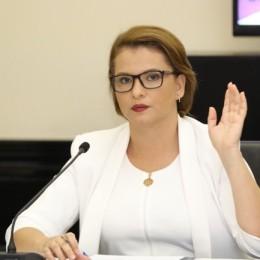 Diputada Carmen Chan: Que ni se le ocurra a Carlos Alvarado llegar a Puntarenas con más impuestos