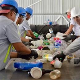 Dinadeco lanza programa Ecomunidades con la puesta en operación del Centro de Acopio y Reciclaje de la Asociación de Desarrollo de La Fortuna de San Carlos