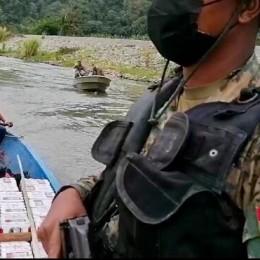 Guardacostas, Policía de Fronteras y Senafront de Panamá capturan dos botes con cerca de dos millones de colones en licores contrabandeados