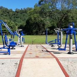 Entregan parques biosaludables en Isla Venado y Lepanto: Vecinos dispondrán gratuitamente de máquinas levanta brazos y de piernas, elípticas y caminadoras, entre otras
