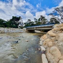 CNE invirtió ₡456 millones: Nuevo puente sobre la quebrada Grande de Buenos Aires de Puntarenas beneficia a más de 6.170 personas