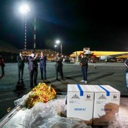 Llegó al país primer lote de vacunas contra COVID-19: Ingresaron a las 9:00 p.m. al aeropuerto Juan Santamaría